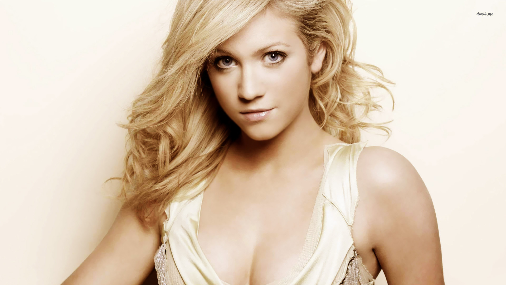 1920x1080 - Brittany Snow Wallpapers 25