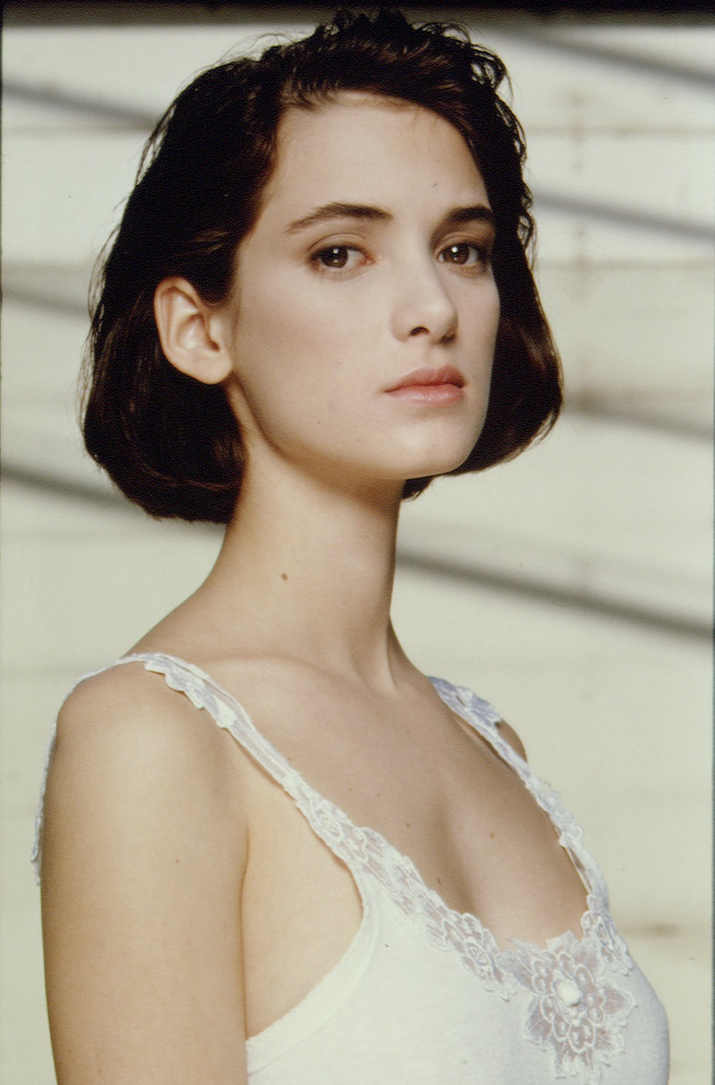 1008x1530 - Winona Ryder Wallpapers 23