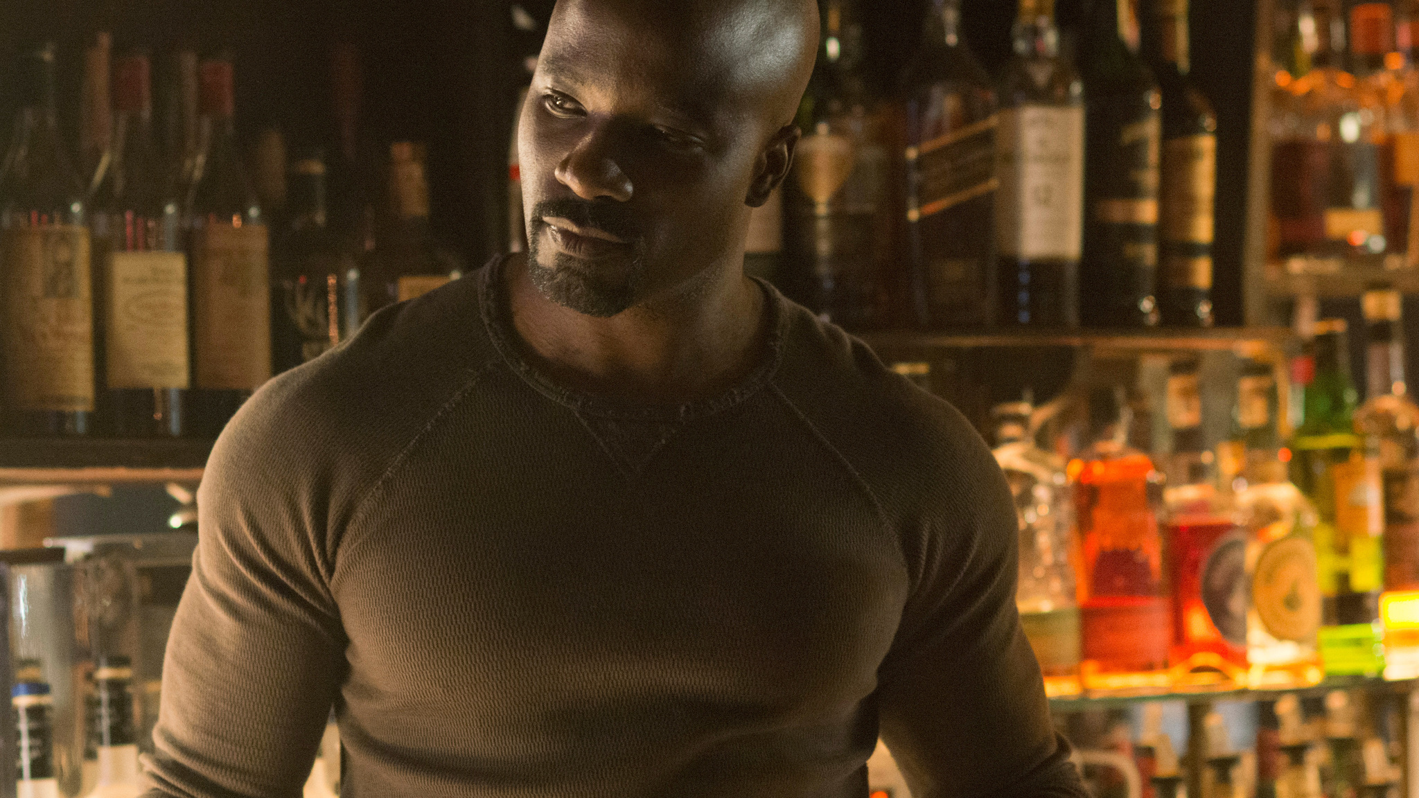 2048x1152 - Mike Colter Wallpapers 21