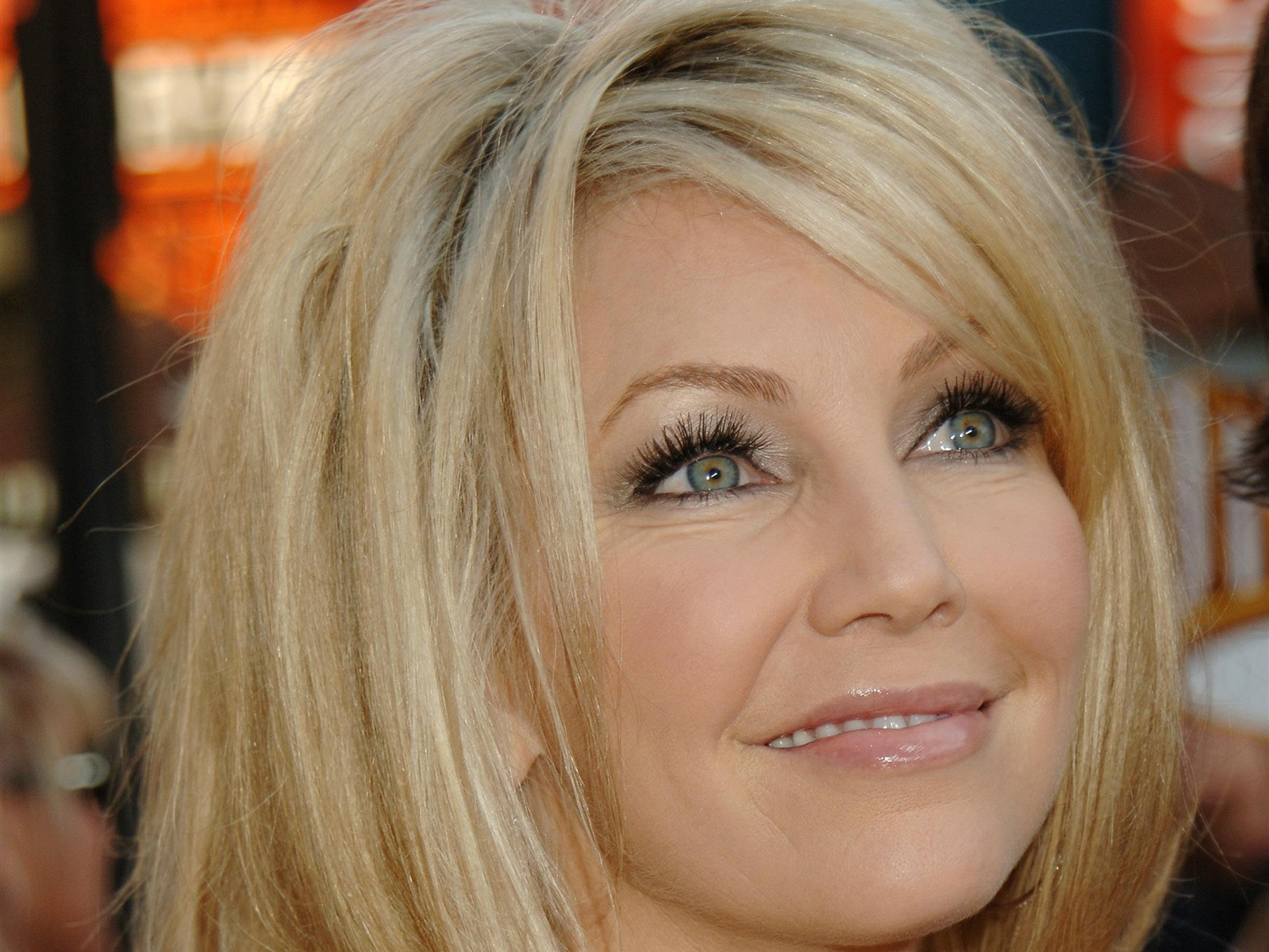 2560x1920 - Heather Locklear Wallpapers 18