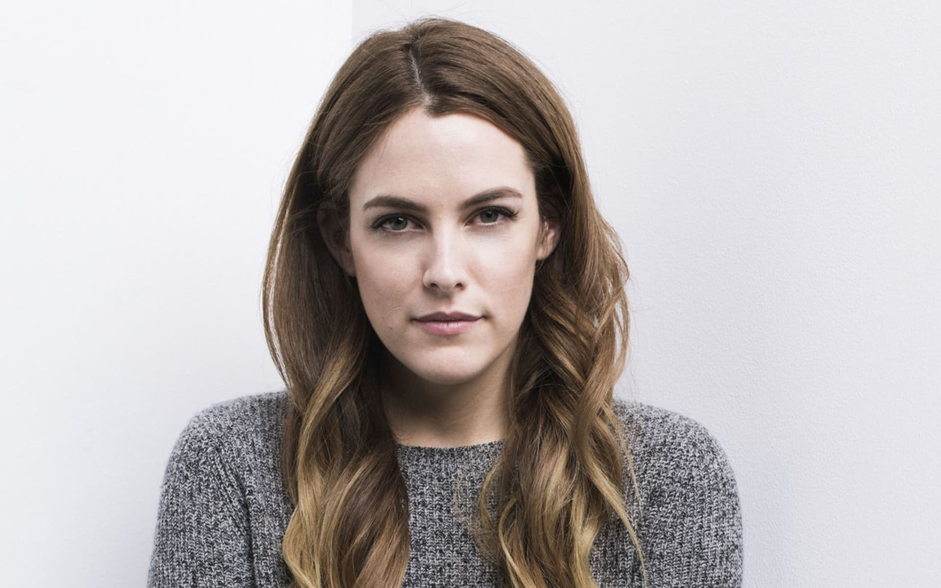 1920x1200 - Riley Keough Wallpapers 9