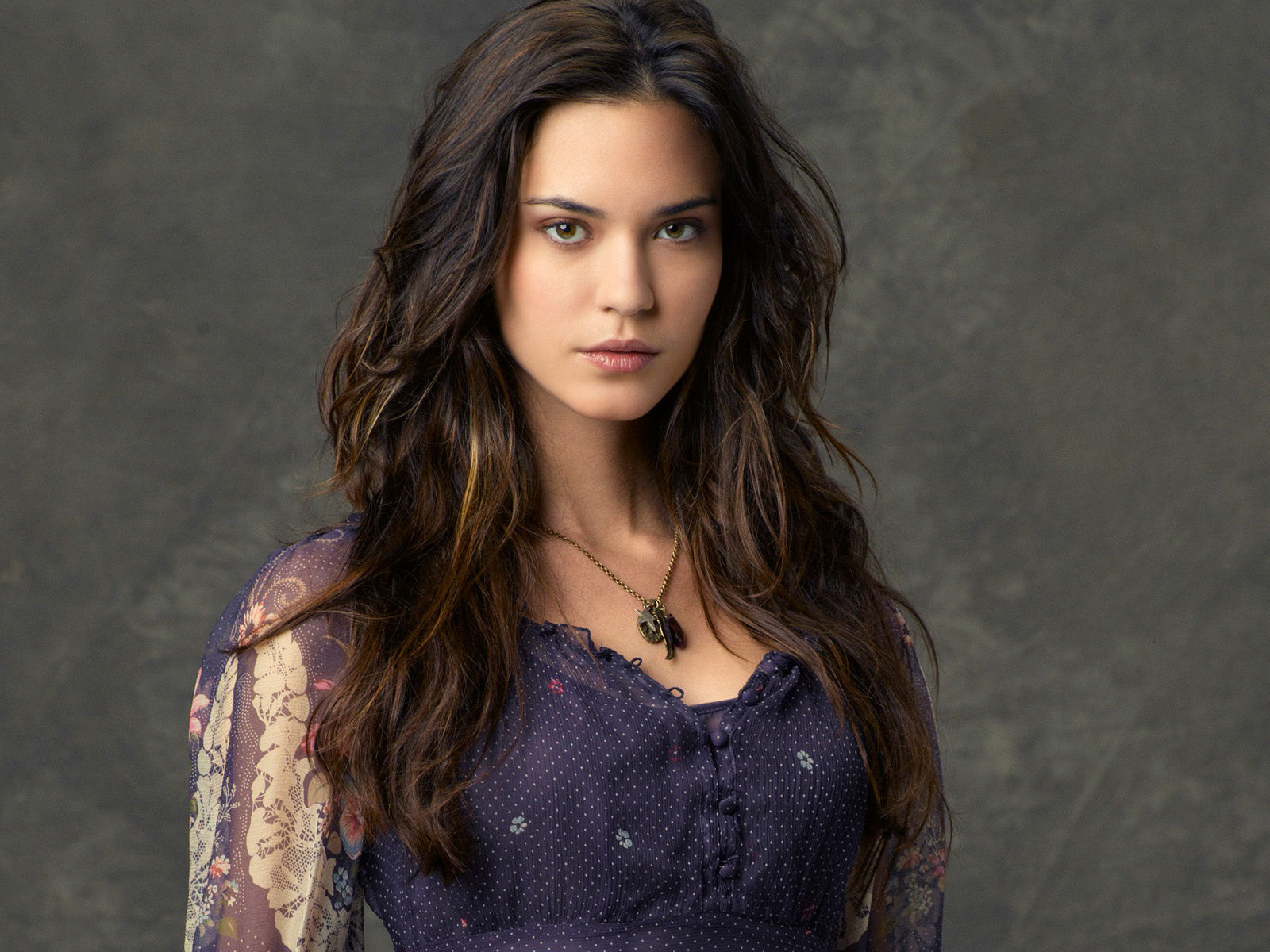 1600x1200 - Odette Annable Wallpapers 29