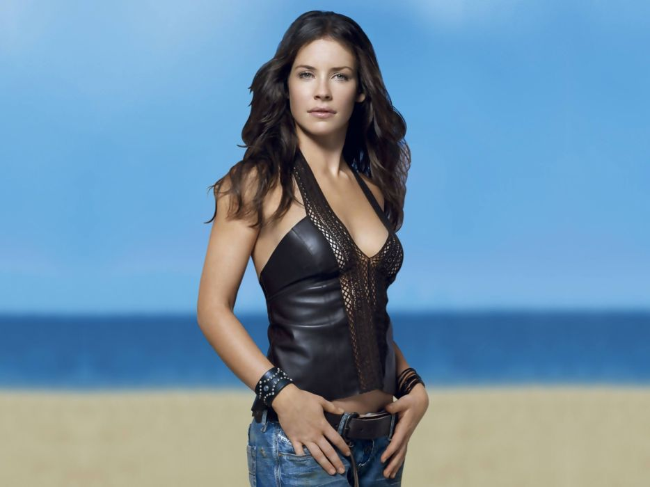 934x700 - Evangeline Lilly Wallpapers 18