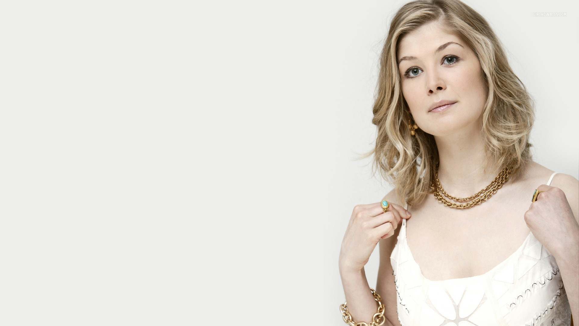 1920x1080 - Rosamund Pike Wallpapers 29