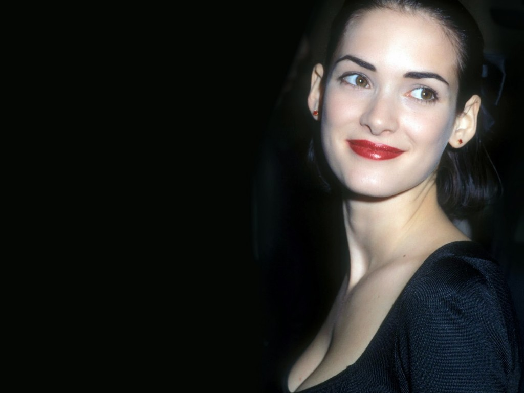 1024x768 - Winona Ryder Wallpapers 8