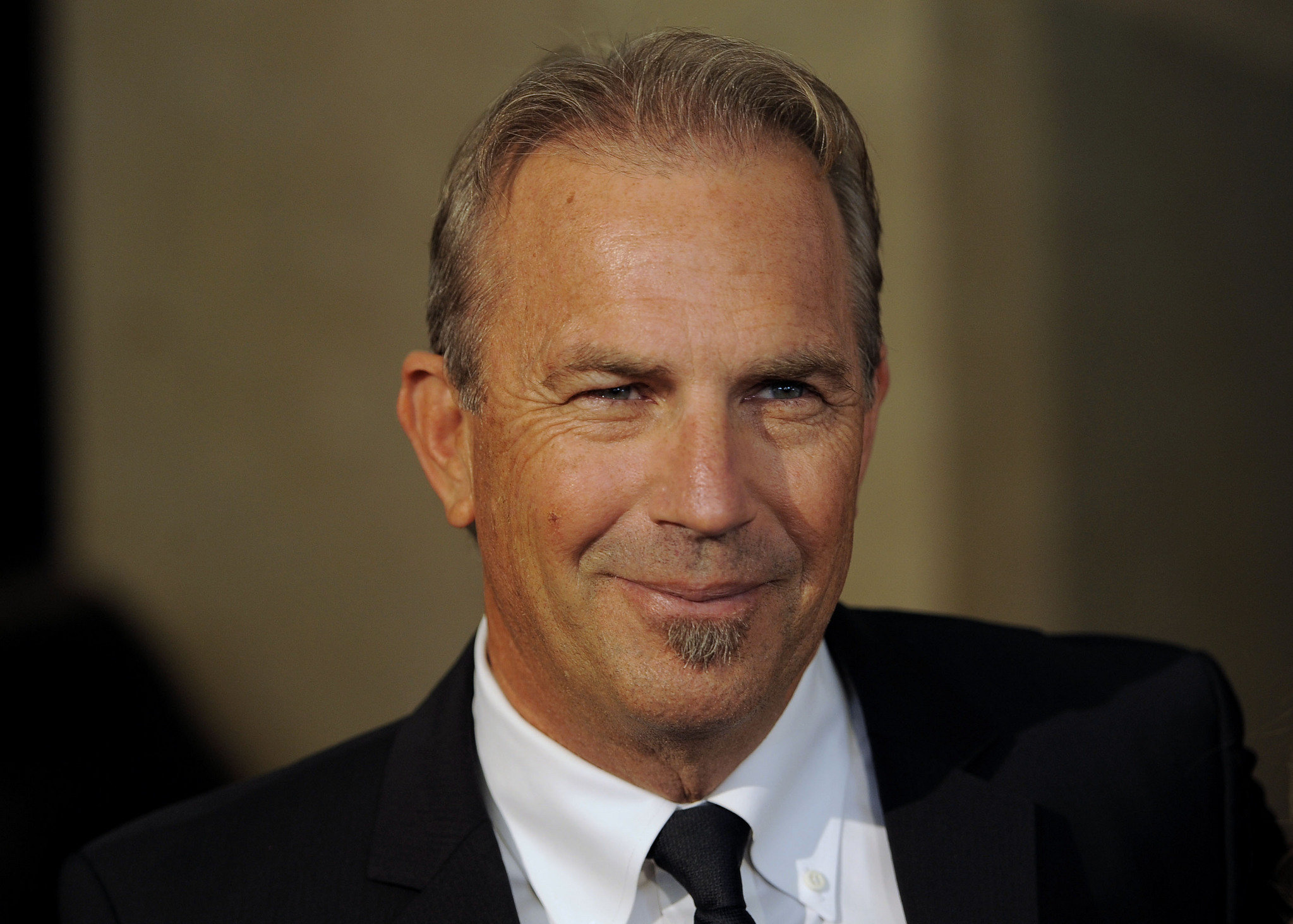 2047x1464 - Kevin Costner Wallpapers 18