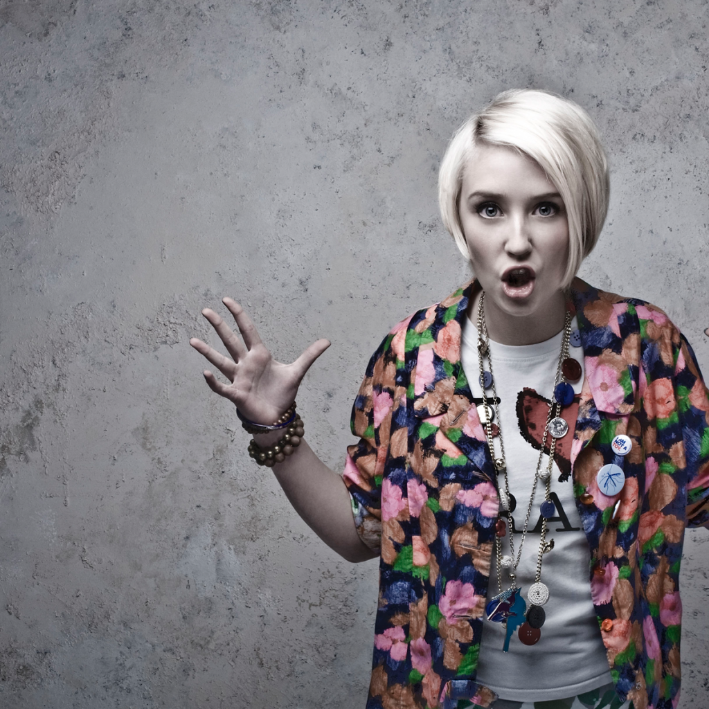 1024x1024 - Lily Loveless Wallpapers 15