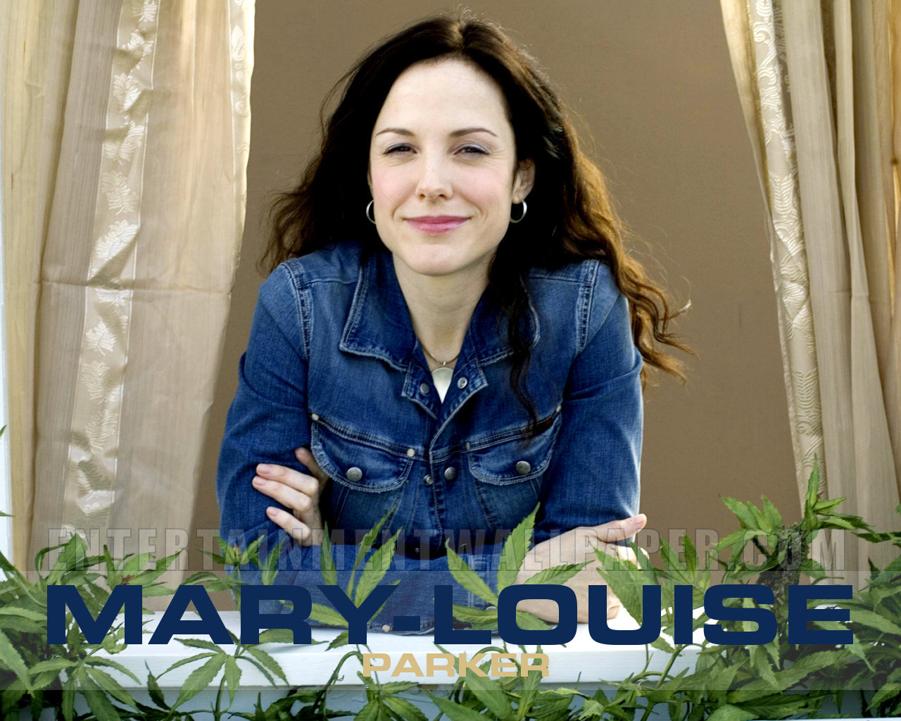 1280x1024 - Mary-Louise Parker Wallpapers 34