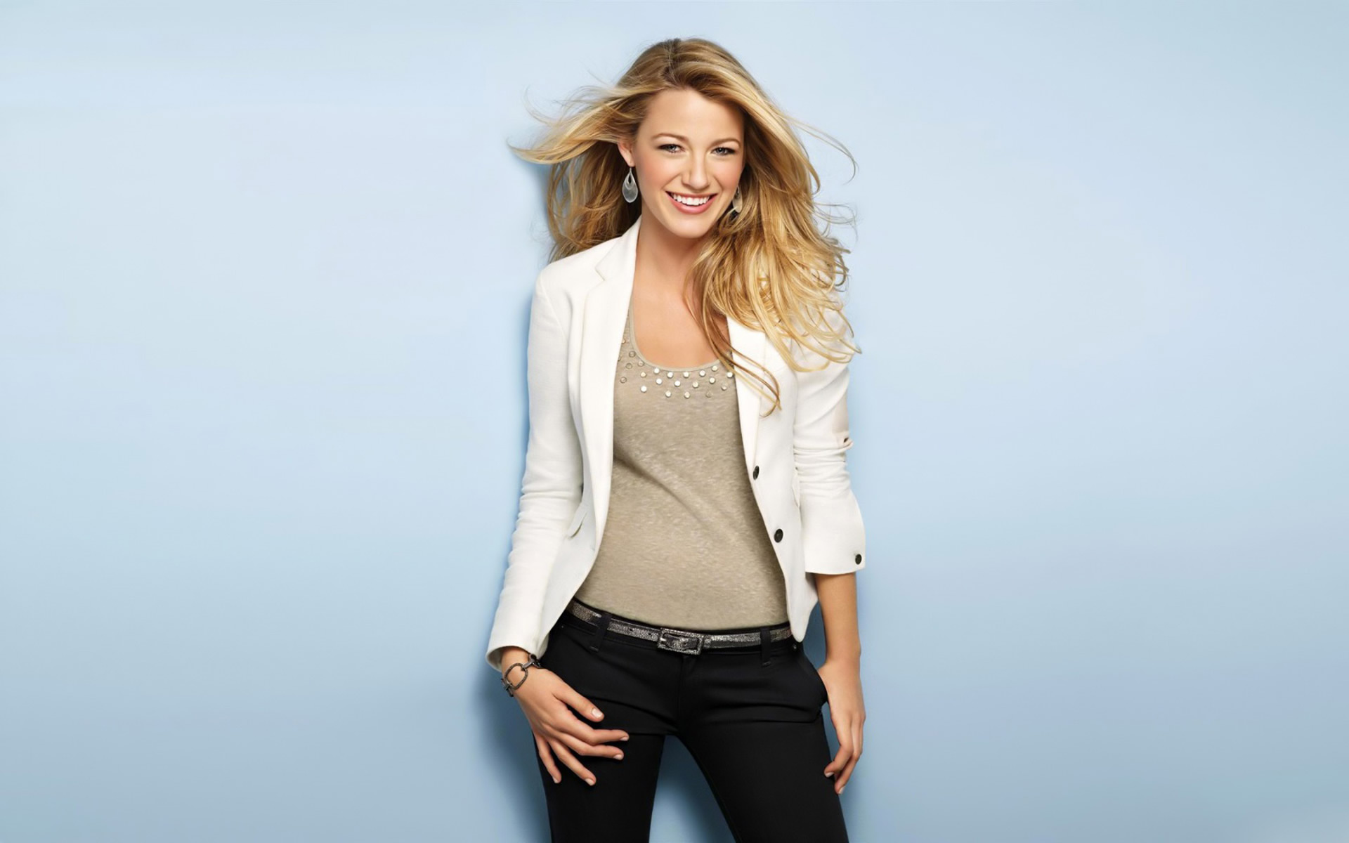 1920x1200 - Blake Lively Wallpapers 26