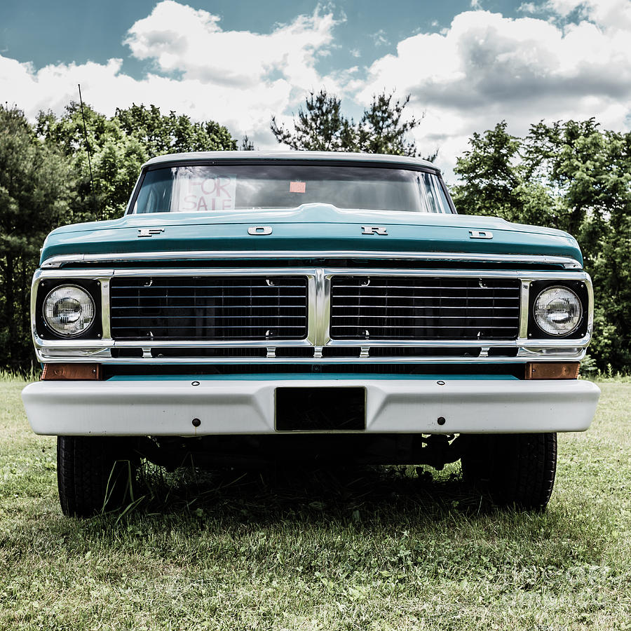 900x900 - Old Ford Truck 10