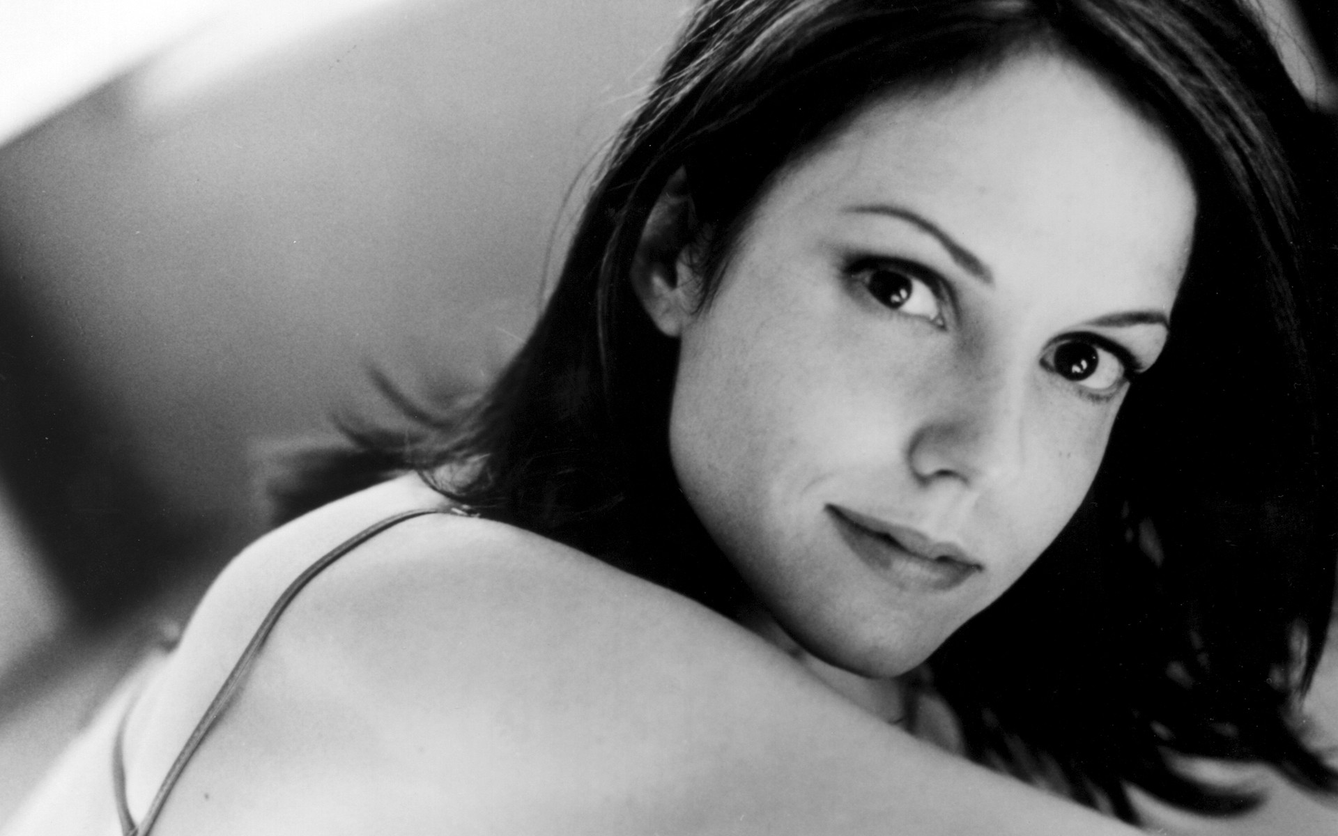 1920x1200 - Mary-Louise Parker Wallpapers 21