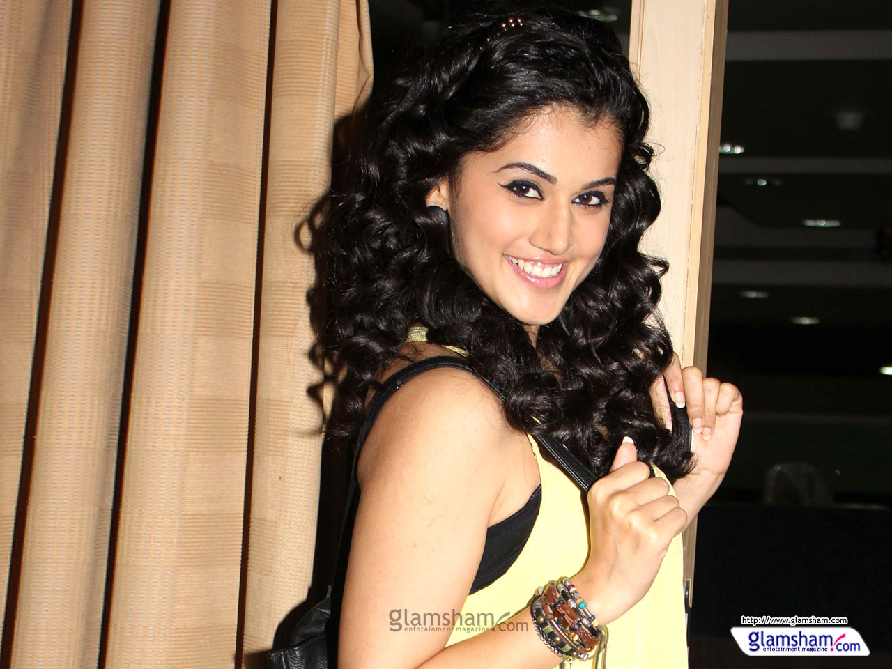 1280x960 - Tapsee pannu Wallpapers 7