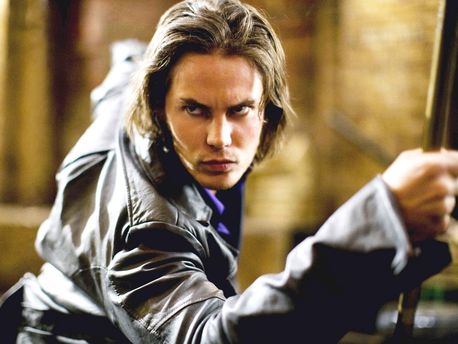 1600x1200 - Taylor Kitsch Wallpapers 2