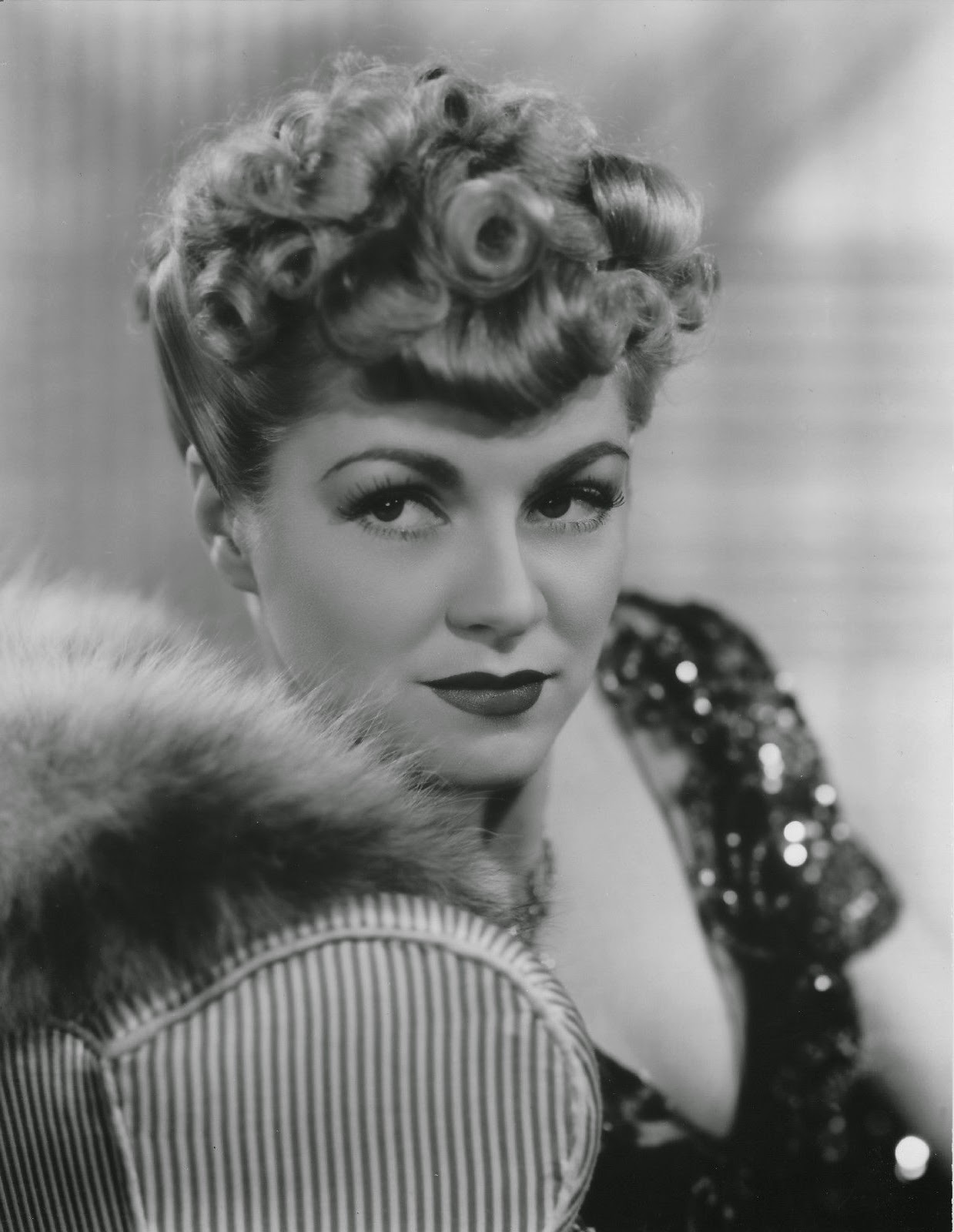 1239x1600 - Claire Trevor Wallpapers 1