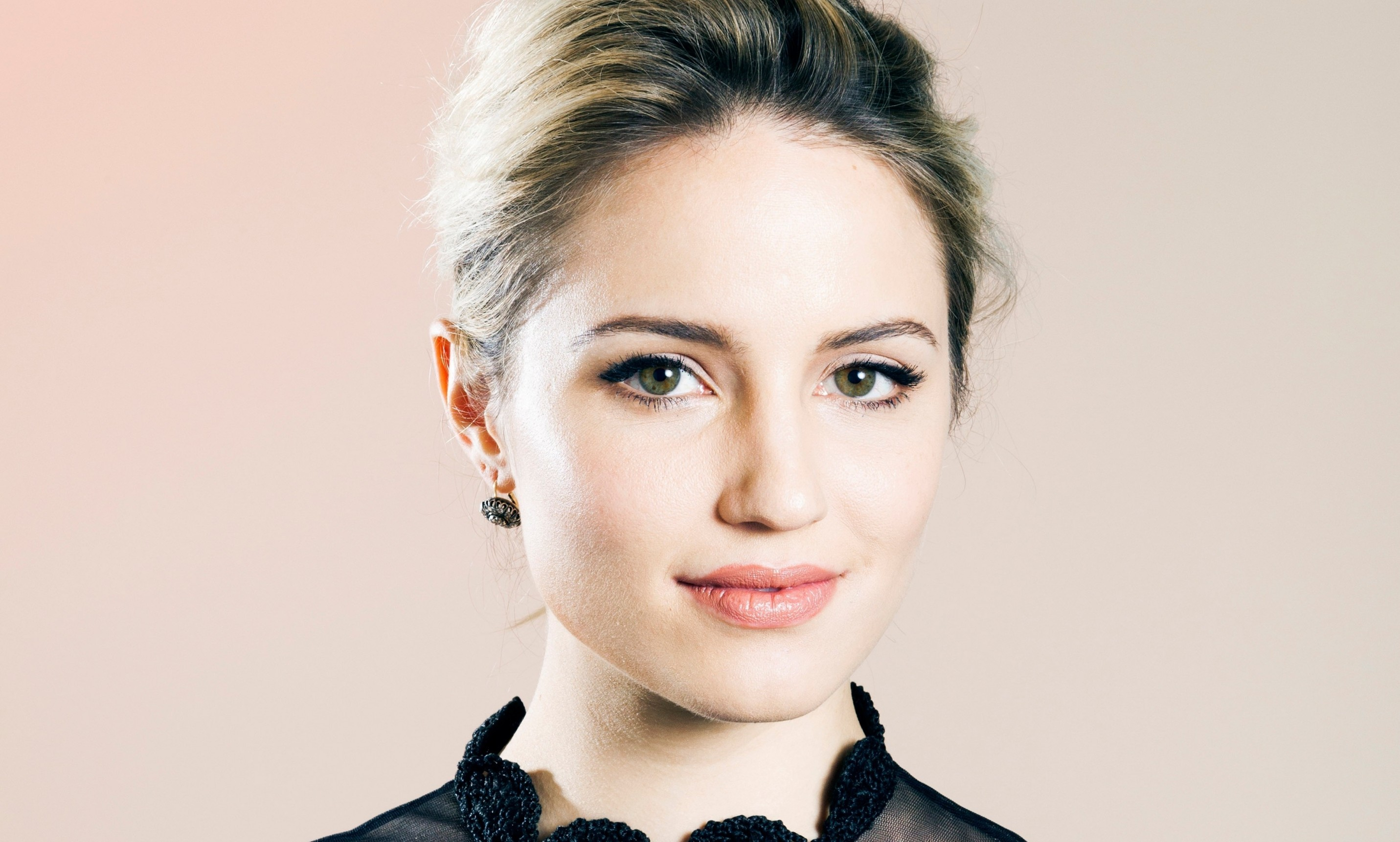 2862x1722 - Dianna Agron Wallpapers 19