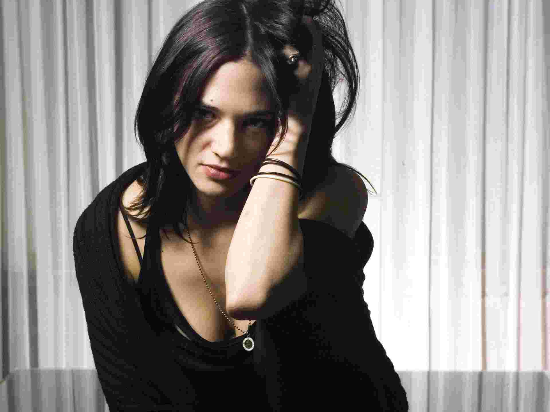 1920x1440 - Asia Argento Wallpapers 20