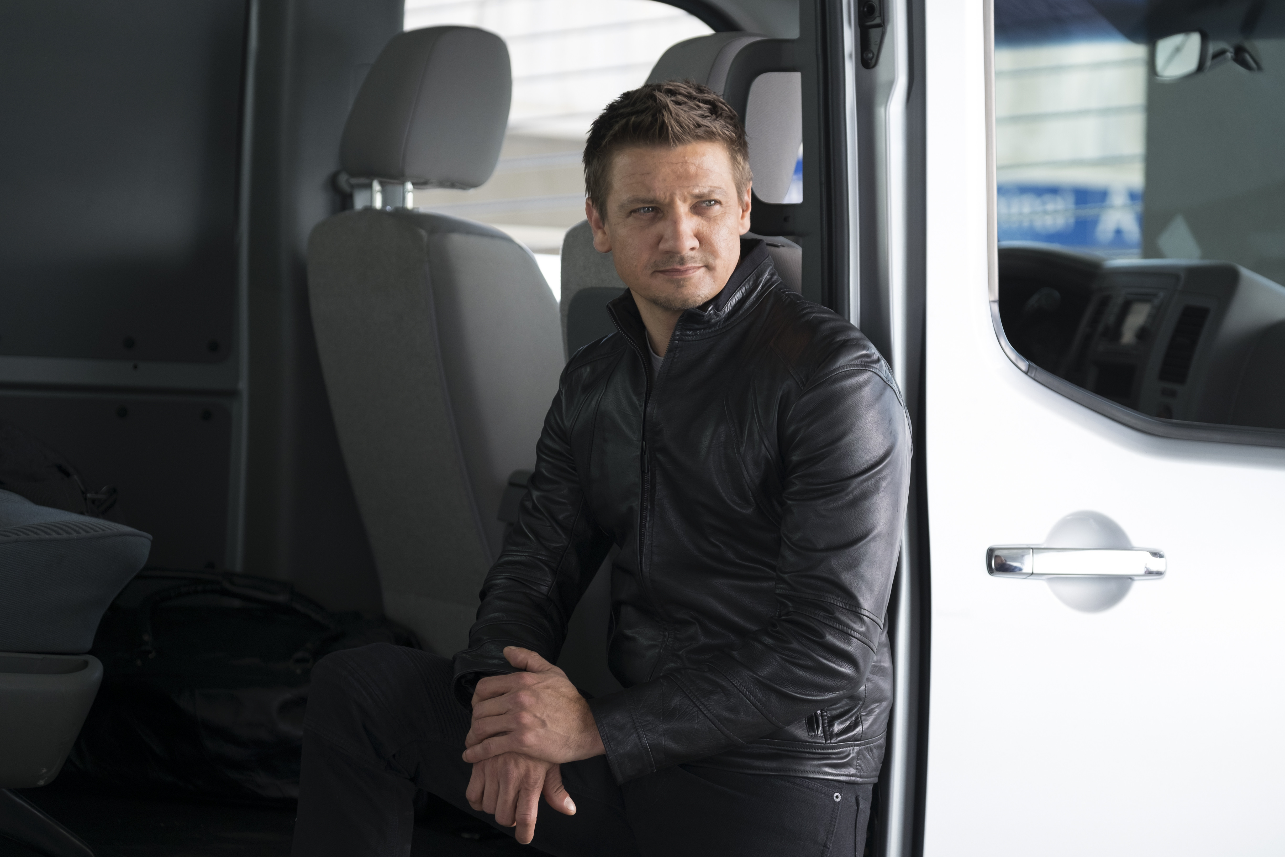 4896x3264 - Jeremy Renner Wallpapers 24