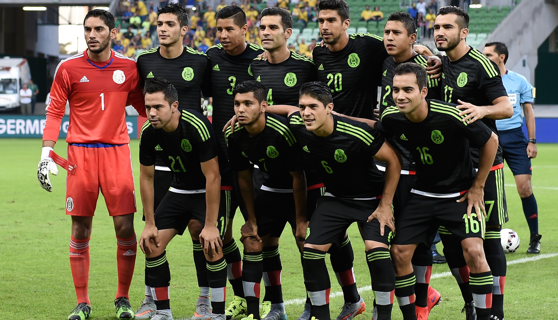 1920x1104 - Mexican Soccer Team 2018 13