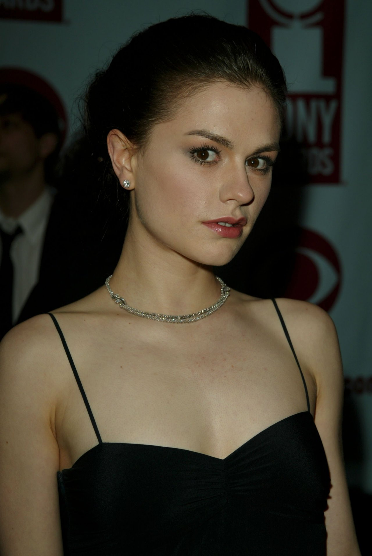 1280x1914 - Anna Paquin Wallpapers 22