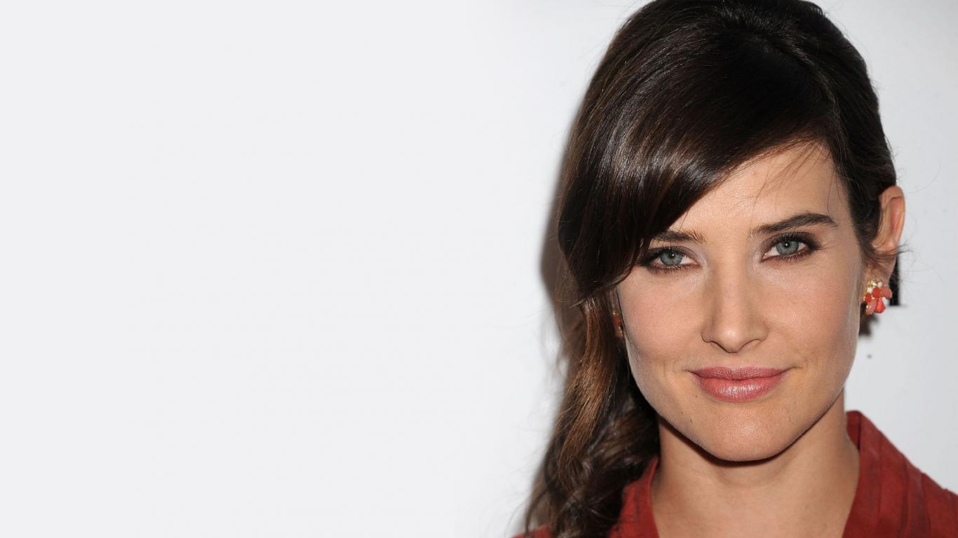 1366x768 - Cobie Smulders Wallpapers 25