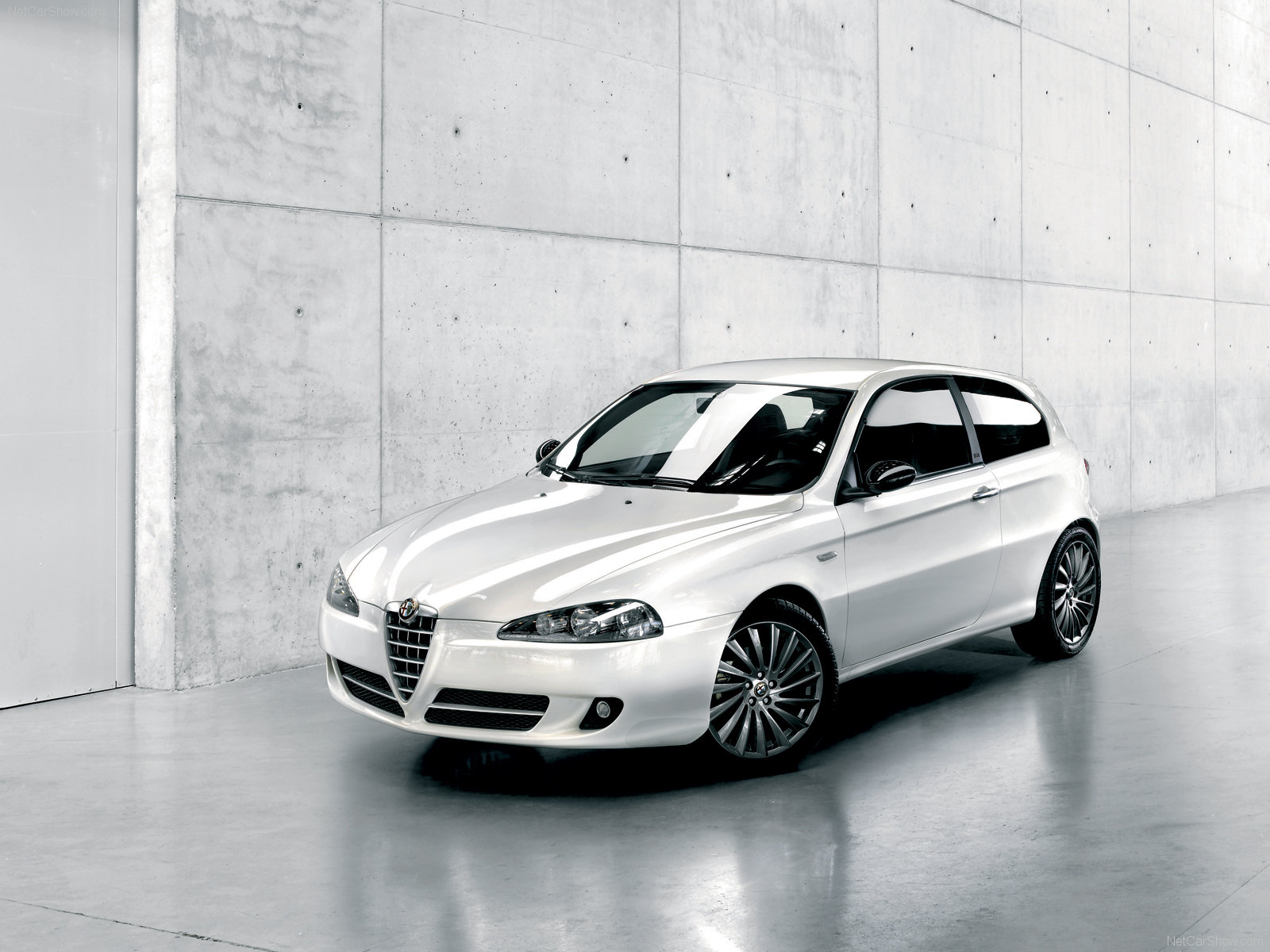 1600x1200 - Alfa Romeo 147 Wallpapers 38