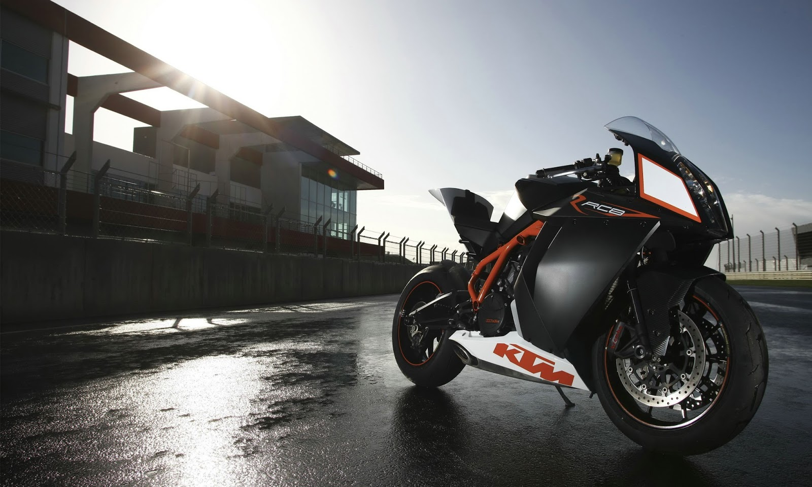 1600x960 - KTM RC8 Wallpapers 26