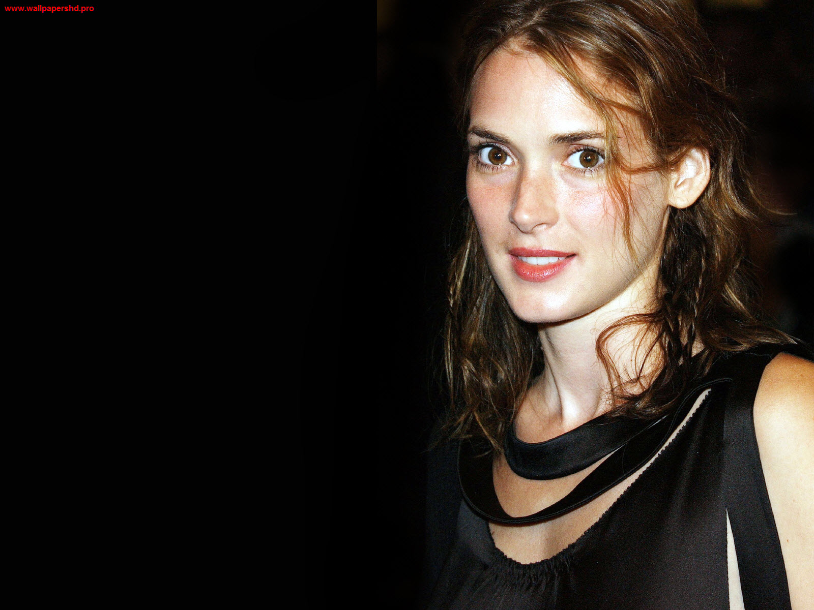 1600x1200 - Winona Ryder Wallpapers 10