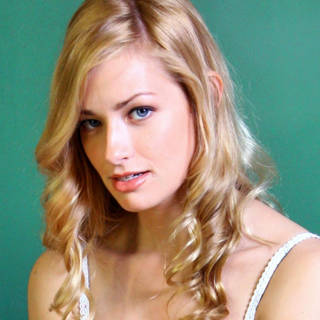 1024x1024 - Beth Behrs Wallpapers 6