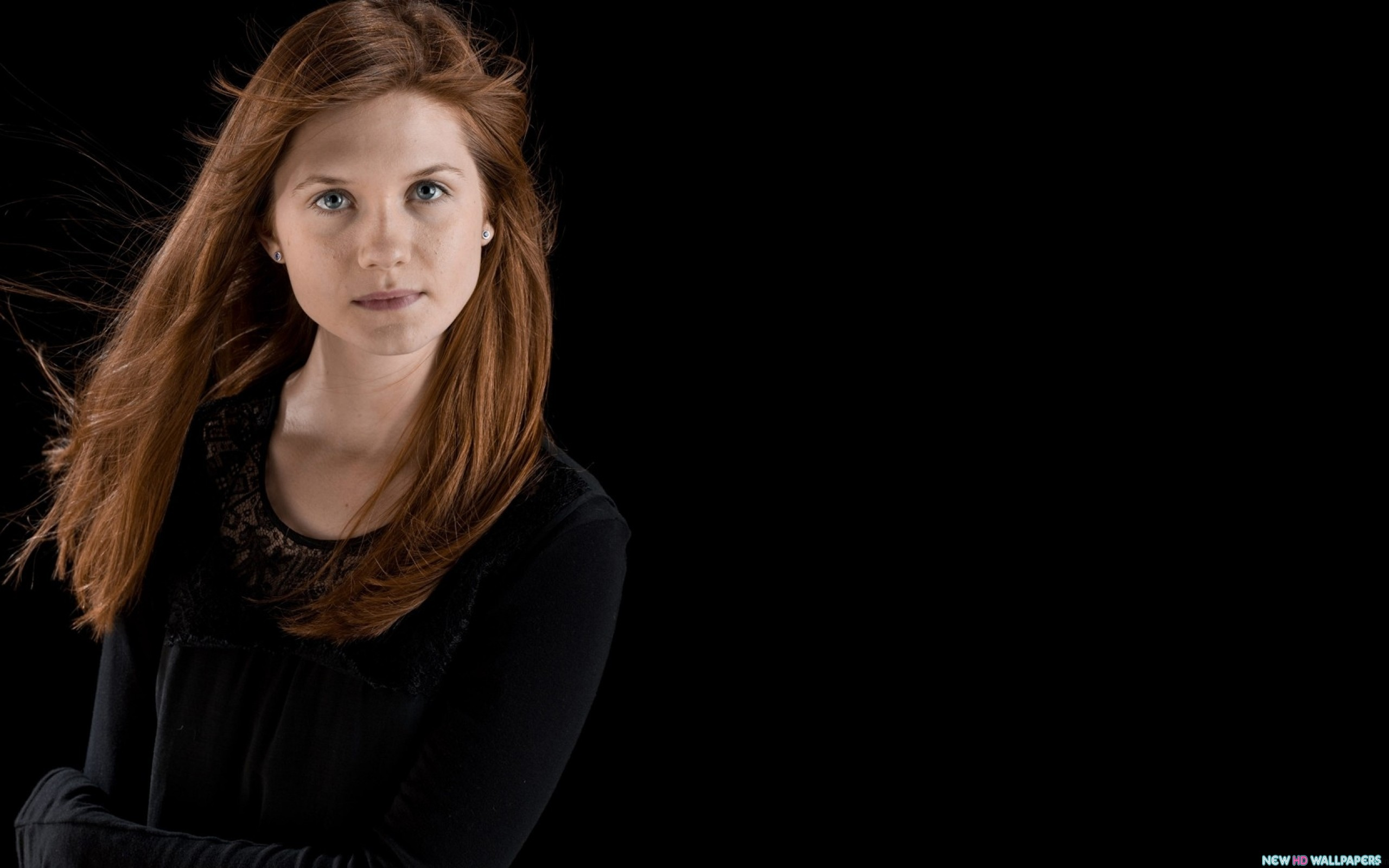 2560x1600 - Bonnie Wright Wallpapers 7