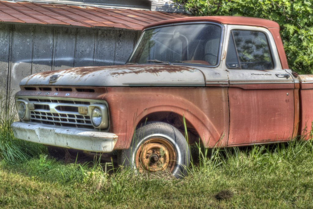 1024x683 - Old Ford Truck 15