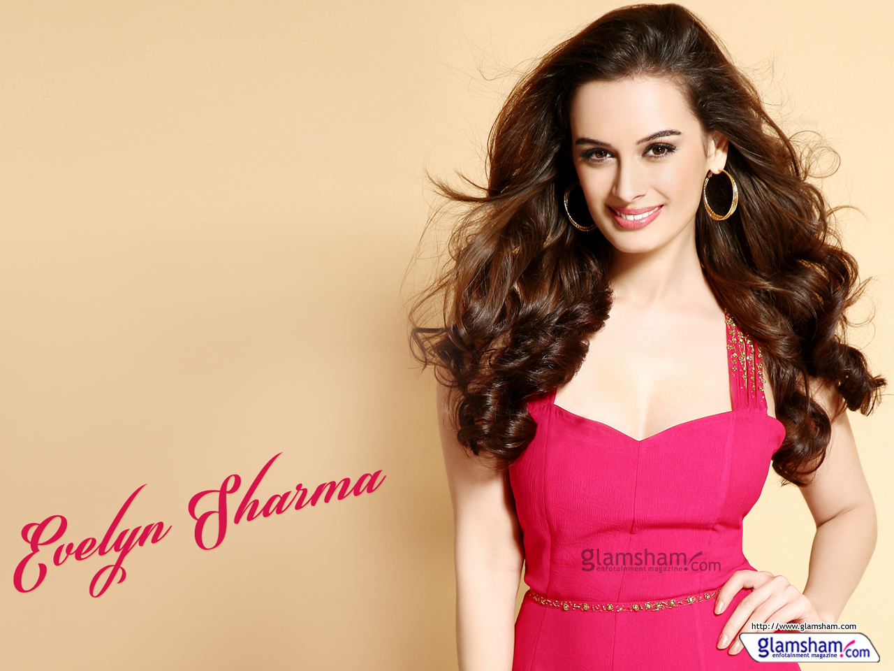 1280x960 - Evelyn Sharma Wallpapers 33