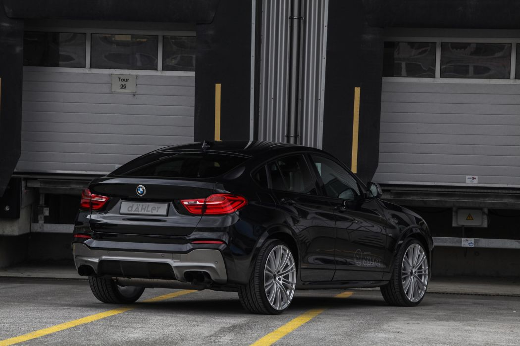 1050x700 - BMW X4 Wallpapers 29