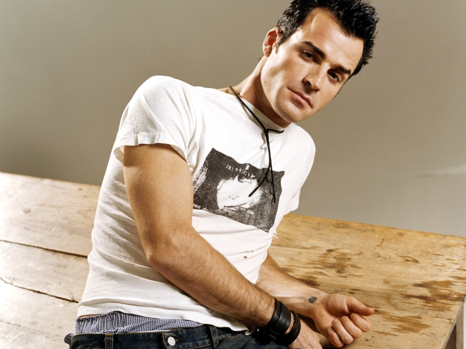 1600x1200 - Justin Theroux Wallpapers 13
