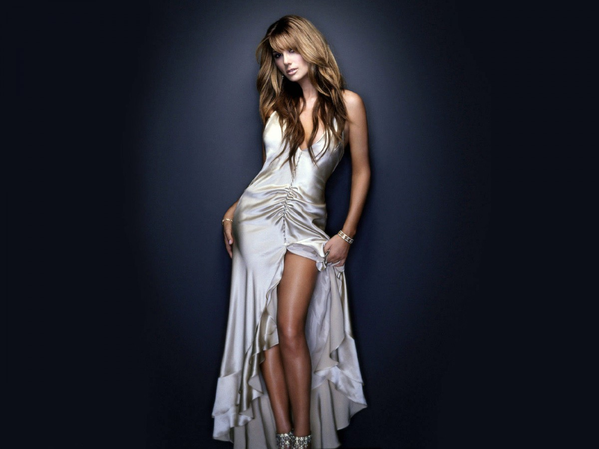 1200x900 - Daisy Fuentes Wallpapers 21