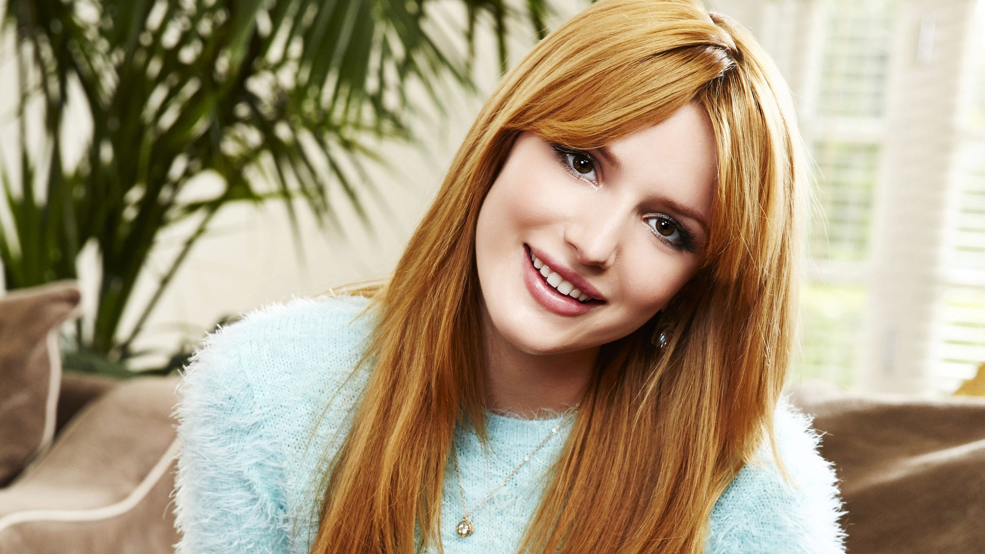 1920x1080 - Bella Thorne Wallpapers 8