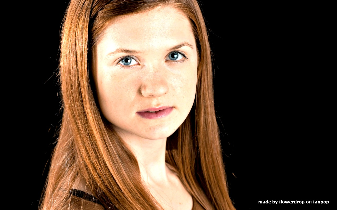 1280x800 - Bonnie Wright Wallpapers 23