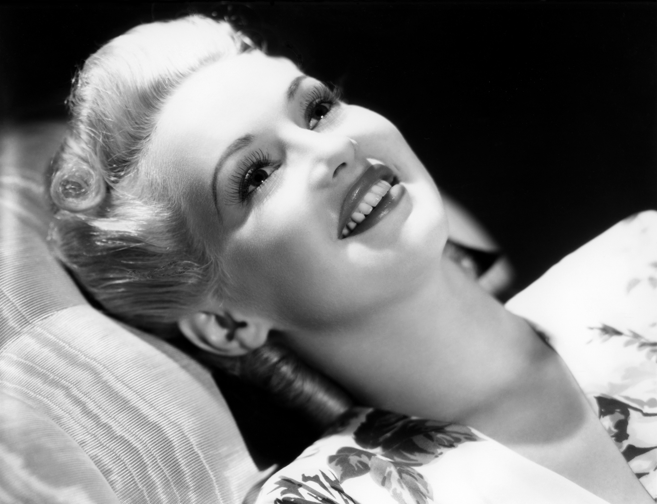 2114x1620 - Betty Grable Wallpapers 2