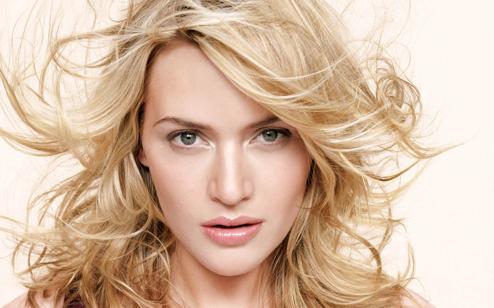 1680x1050 - Kate Winslet Wallpapers 2