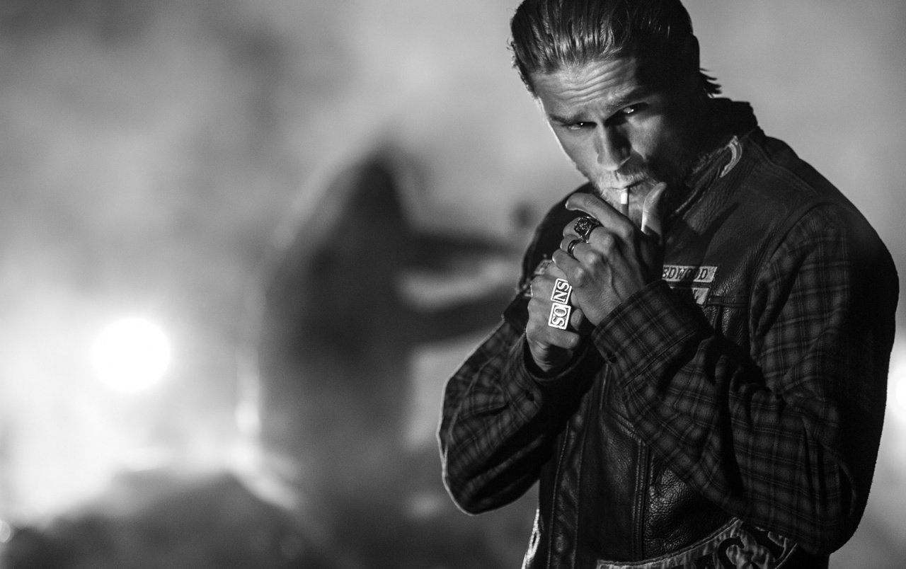 1280x804 - Charlie Hunnam Wallpapers 2