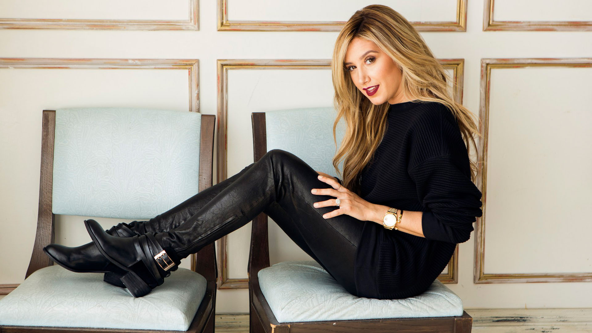1920x1080 - Ashley Tisdale Wallpapers 5