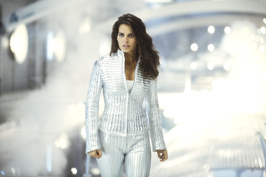 900x600 - Angie Harmon Wallpapers 25