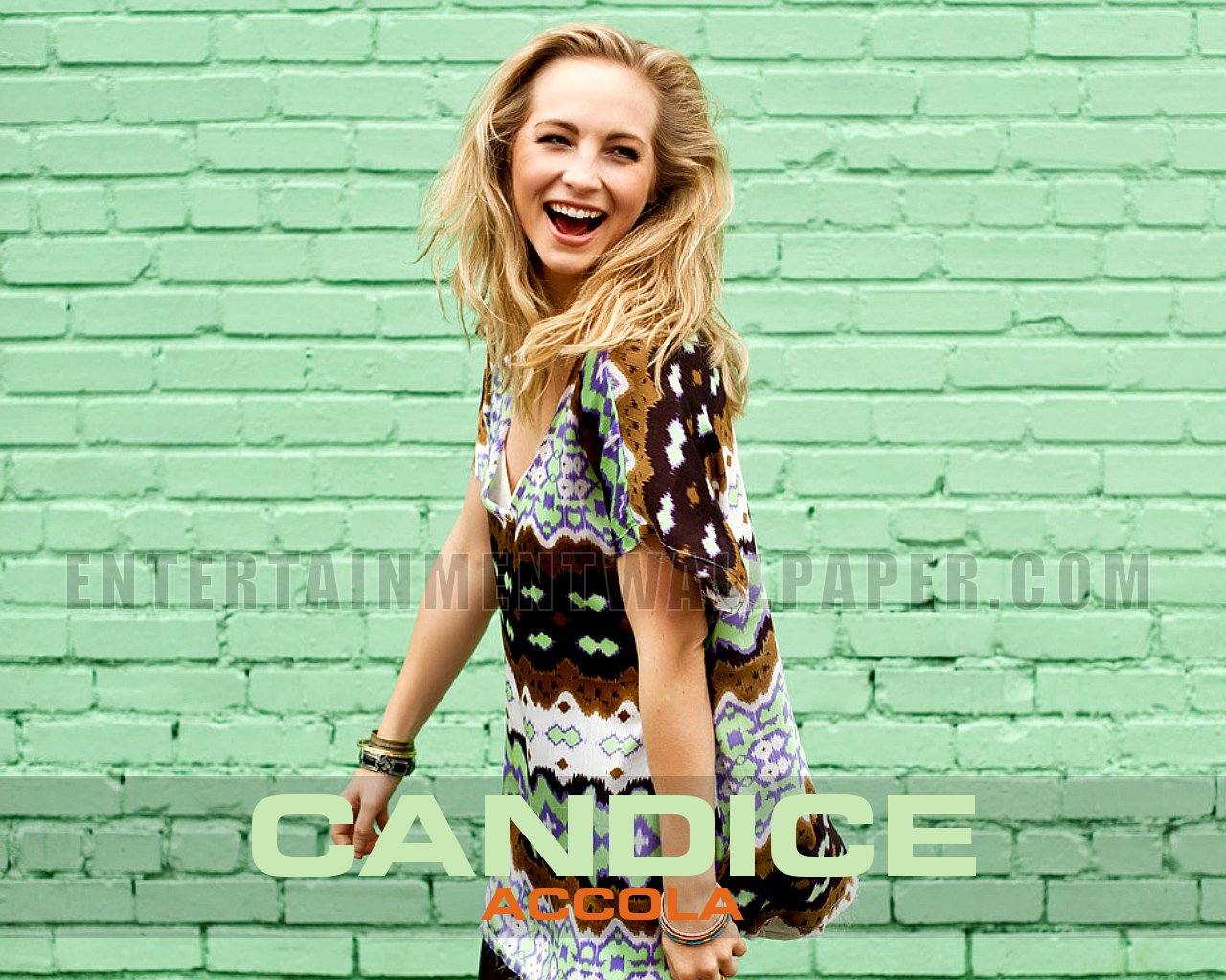 1280x1024 - Candice Accola Wallpapers 28