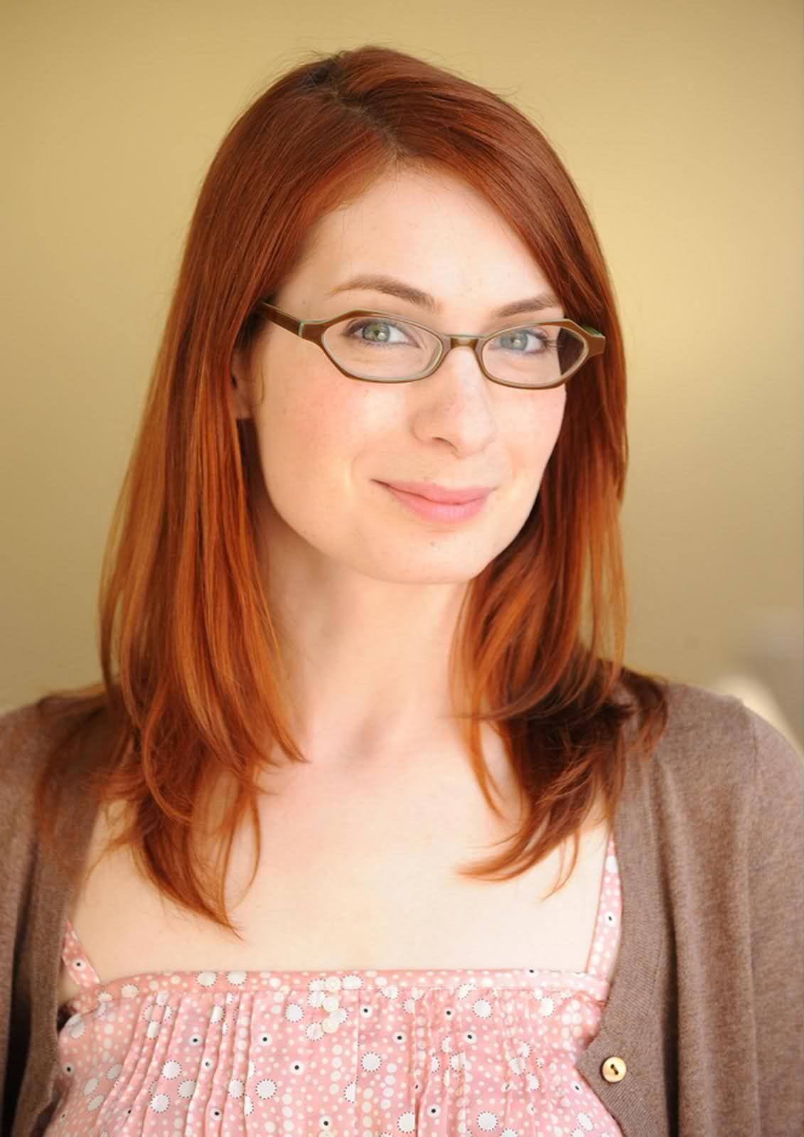 1131x1599 - Felicia Day Wallpapers 22