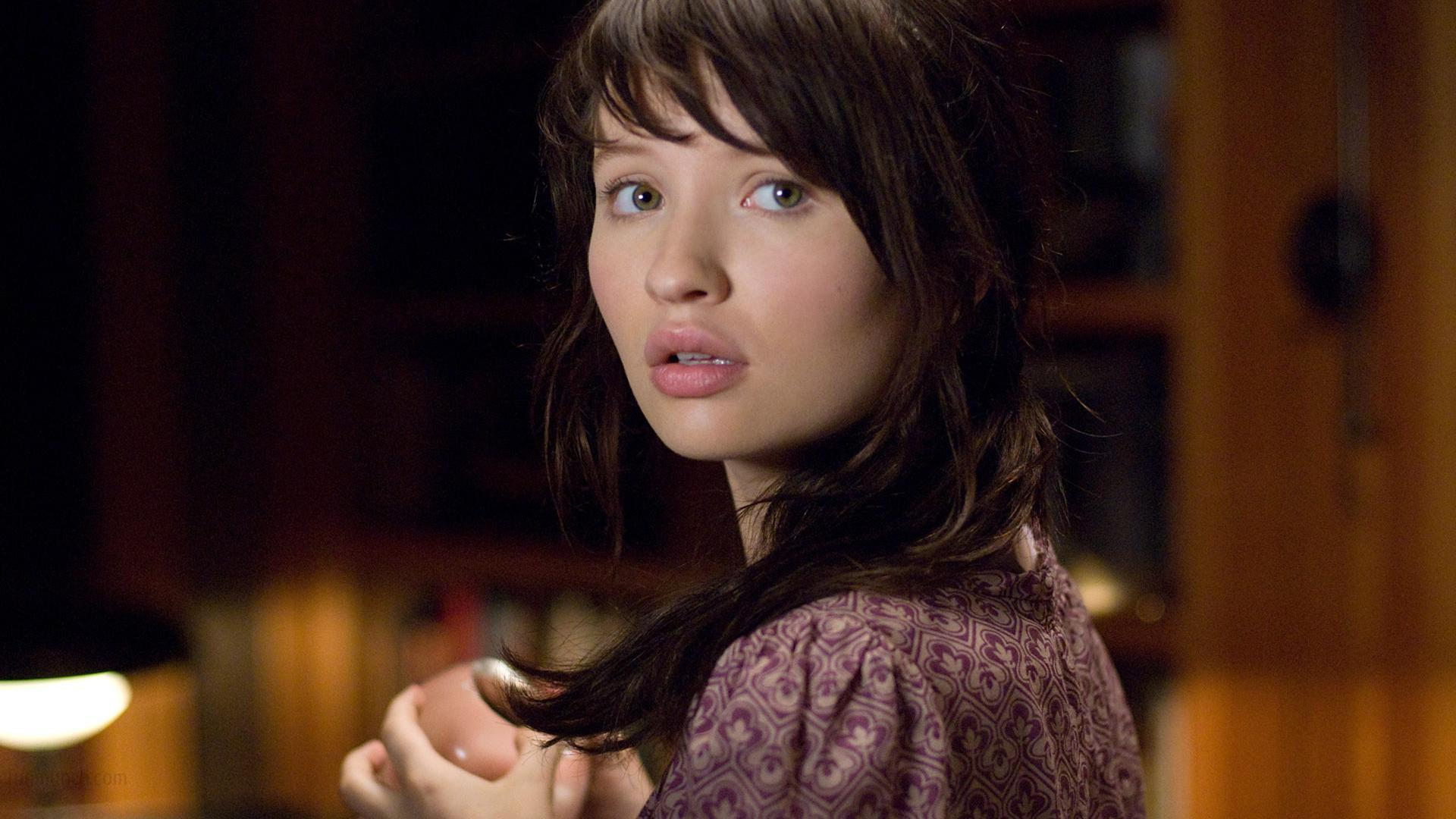 1920x1080 - Emily Browning Wallpapers 22