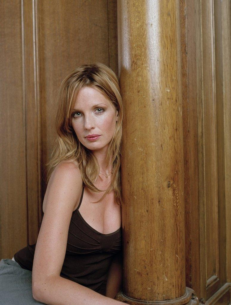 776x1023 - Kelly Reilly Wallpapers 25