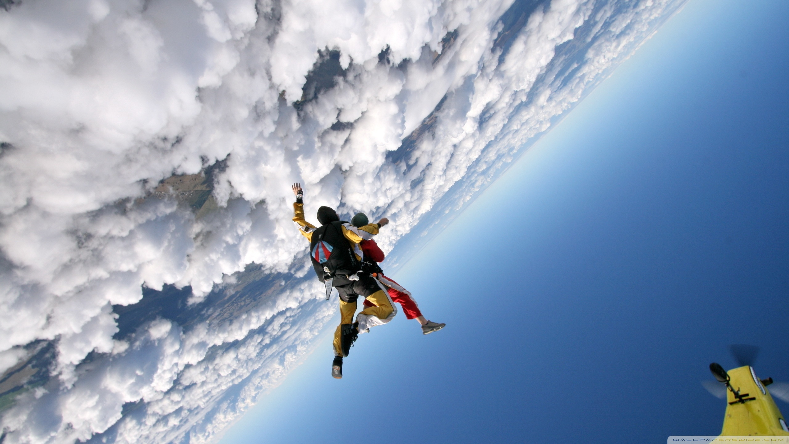2560x1440 - Skydiving Wallpapers 10