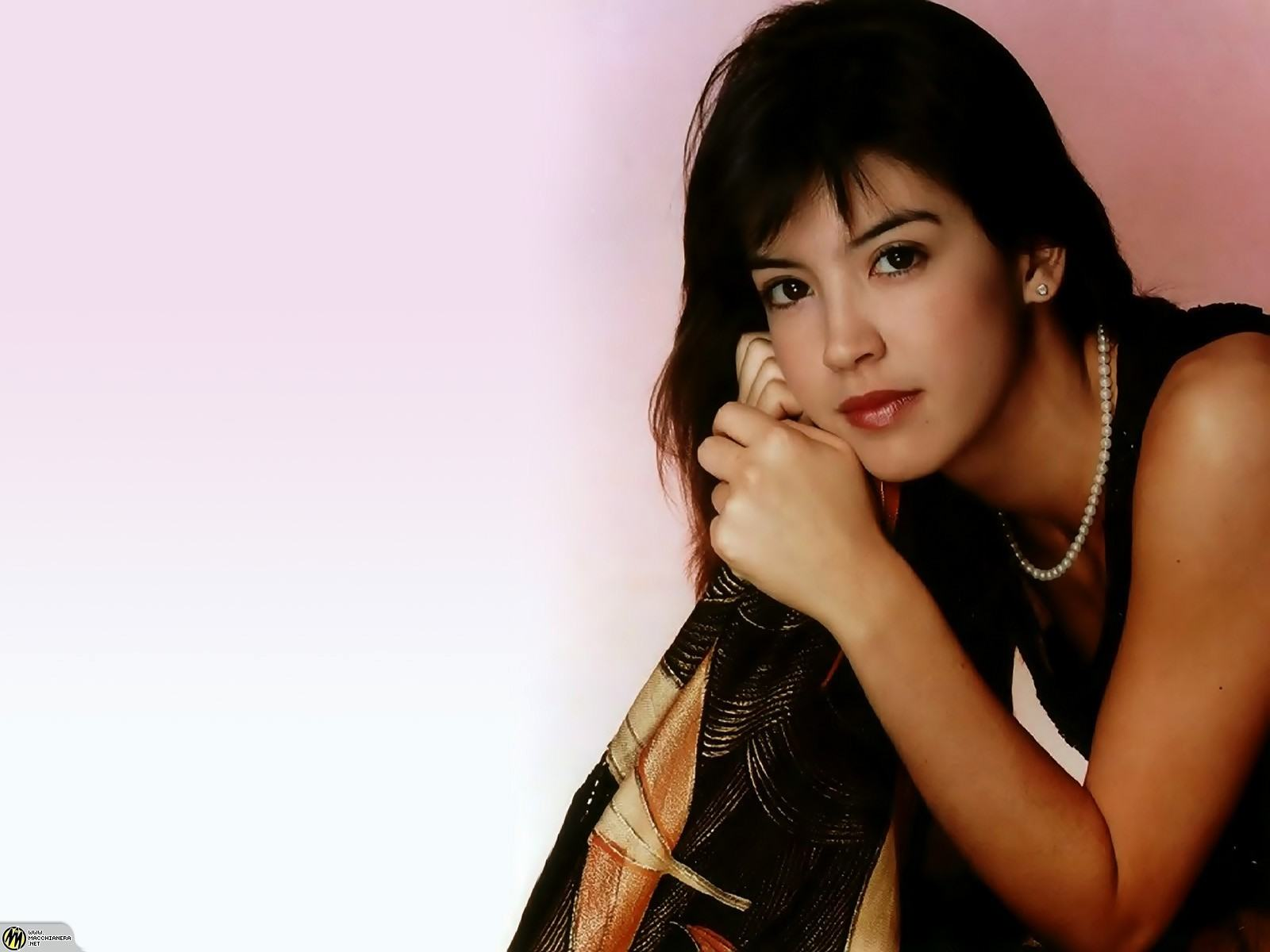 1600x1200 - Phoebe Cates Wallpapers 12