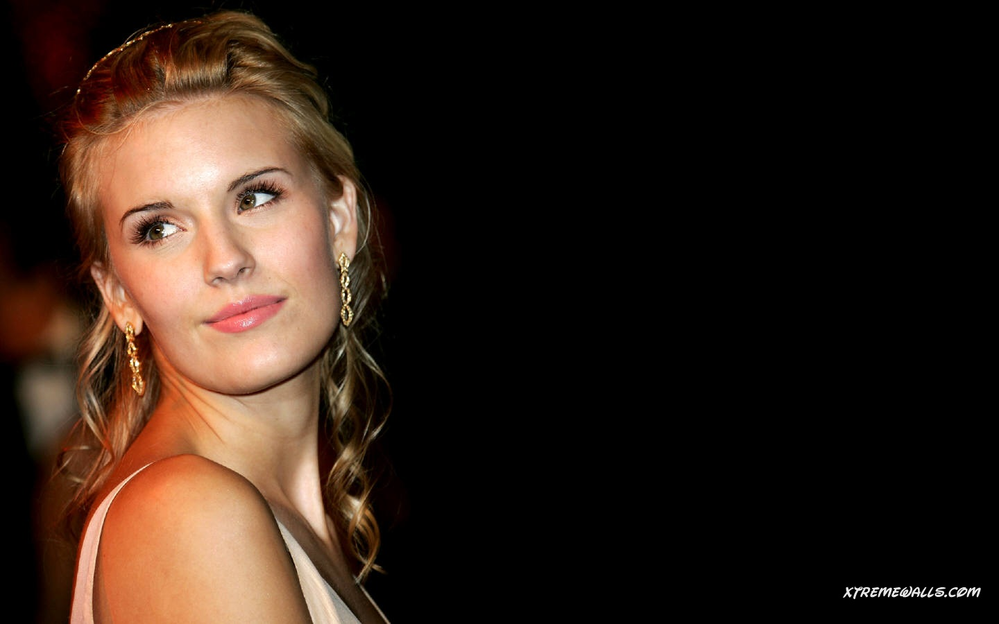 1440x900 - Maggie Grace Wallpapers 9