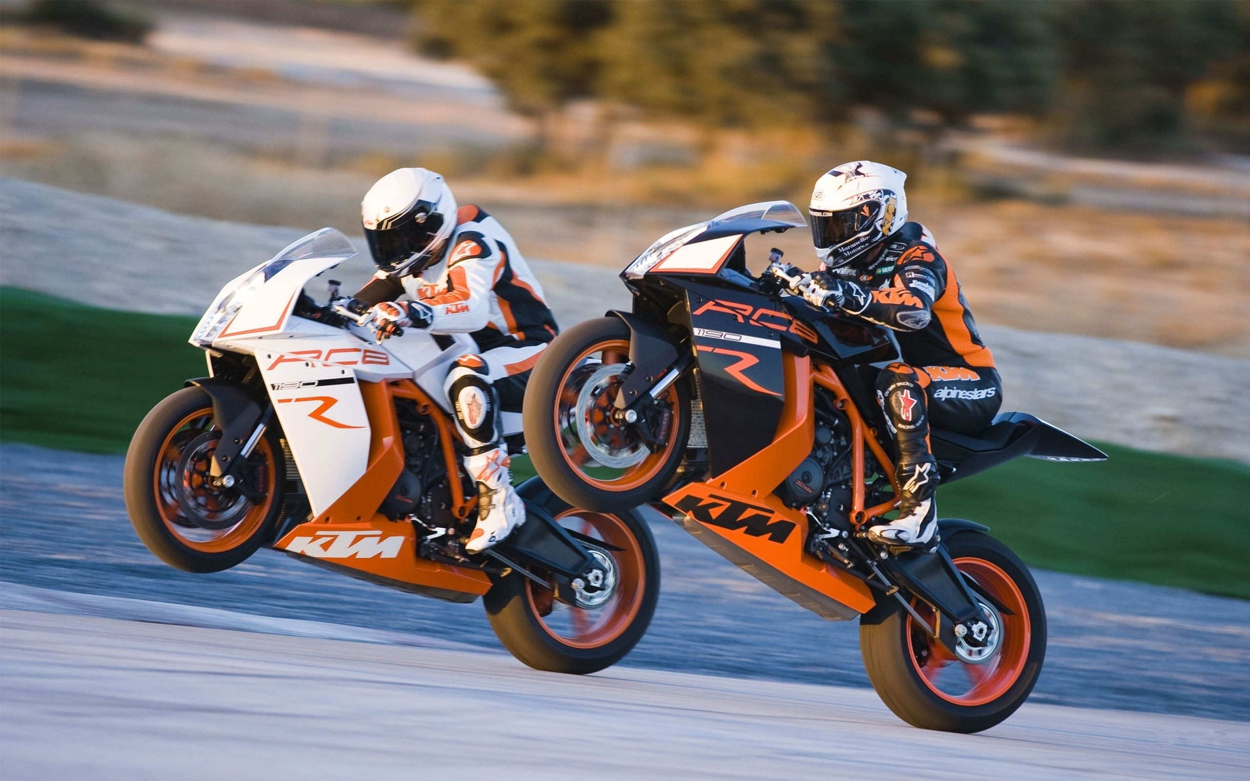 2560x1600 - KTM RC8 Wallpapers 4