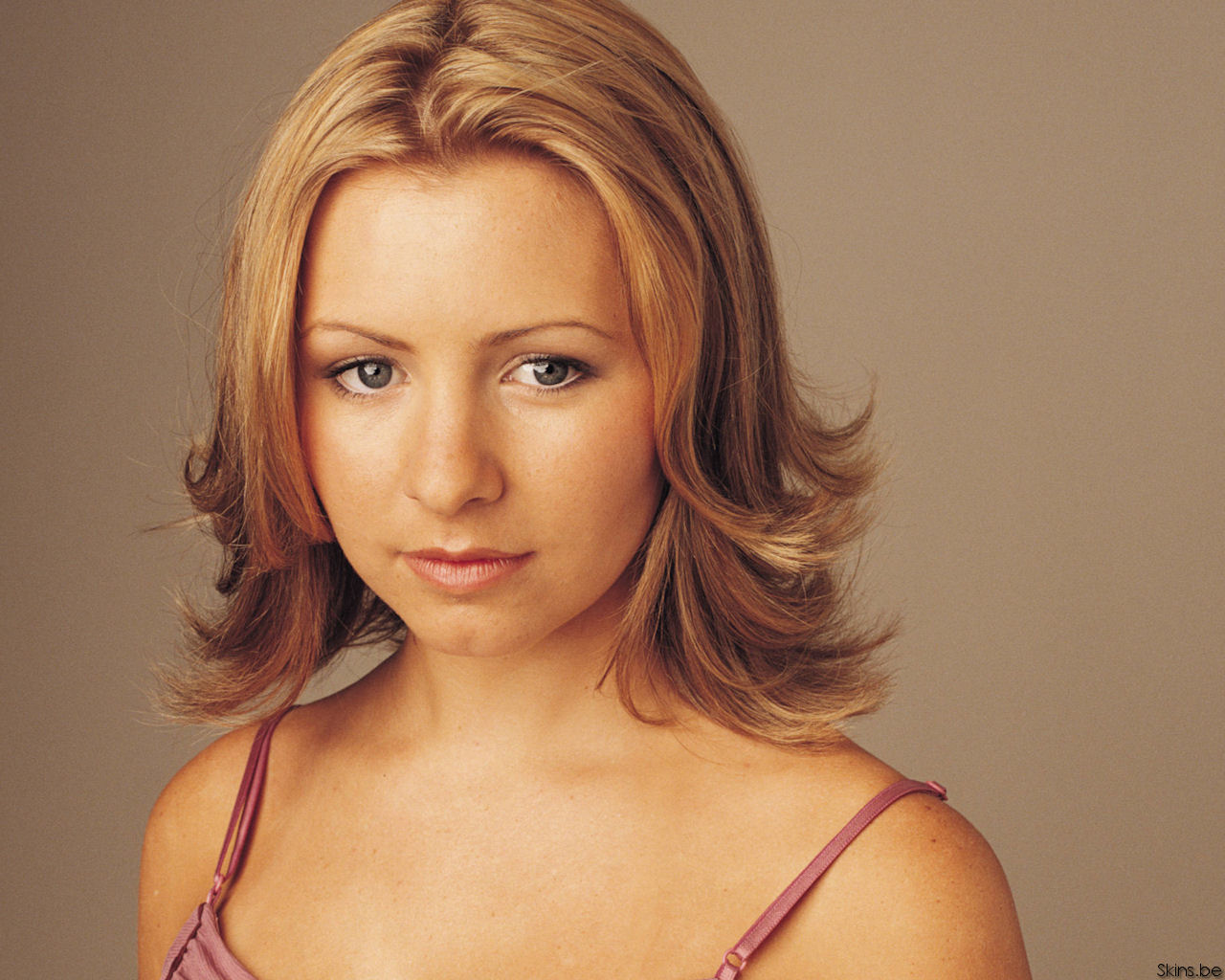 1280x1024 - Beverley Mitchell Wallpapers 15